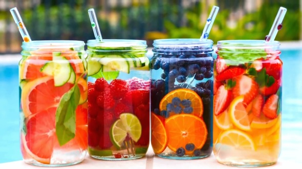 Fruit-Infused-Waters-from-Green-Blender
