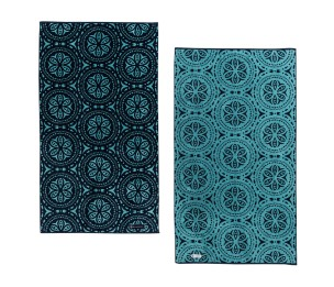 PDP-1440x1240-CabanaBeachTowels-4_720x620_crop_center@2x.progressive.jpg